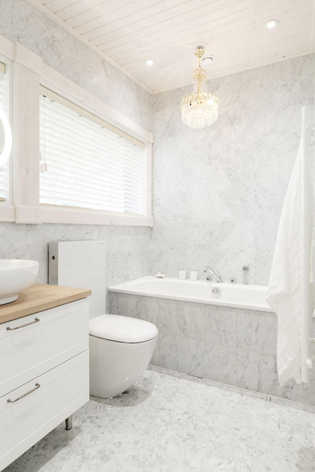 Kontio Toive Mikkeli asuntomessut kylpyhone spa sauna living Carrara marmori
