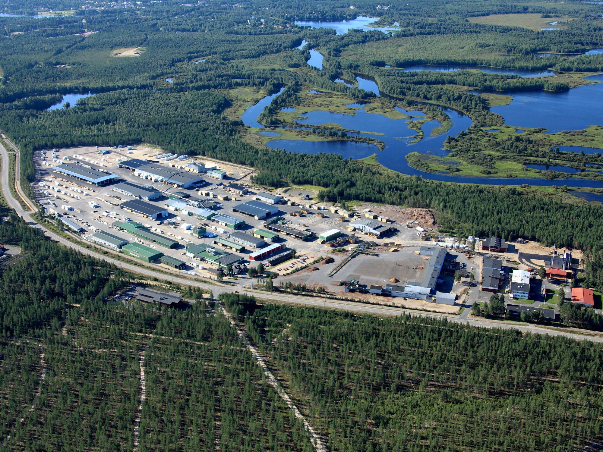 Kontios fabrik i norra Finland är den största och modernaste timmerhusfabriken i världen
